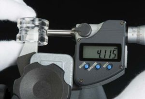 SPHERICAL ANVIL AND SPINDLE TYPE MICROMETER